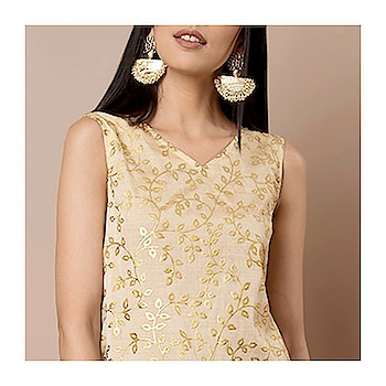 This Beige Foil Print Kurti with intricate golden leaf motifs is a perfect addition to your ethnic wardrobe 😊  SHOP NOW  https://goo.gl/tfzH86   #ropo-good #ropo-style #indowesternlook #ethnicwearonline #kurtisforwomen #indya #super