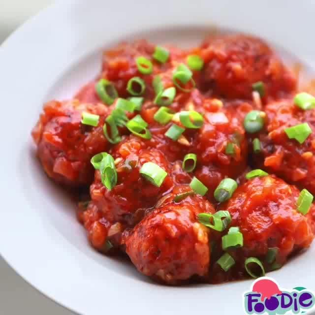 Veg Manchurian Dry #manchurian #recipe #recipevideo #food #foodie #foodgasm #foodporn #instafood #indianblogger #insta #yum #yummy #youtuber #yummylicious #tasty #indian #indianfood #indiancuisine #buzzfeedfood #foodie