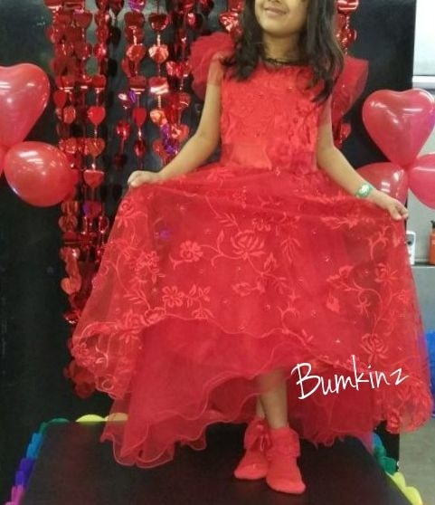 #Clientdiaries #Evening #Gown 👗  #Kidsfashion #Kidswear 👸 #Instafashion #Birthdaygown #trend #kidsstyle #girldresses 👗 #Hyderabadfashion 👚💃 #littleprincess 👰 #Bumkinz  www.facebook.com/Bumkinz
