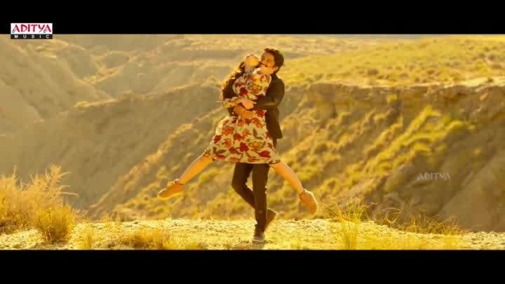 #yemindho_theliyadu naku #love  #beautuful #song #😍😍😍😍😘😘