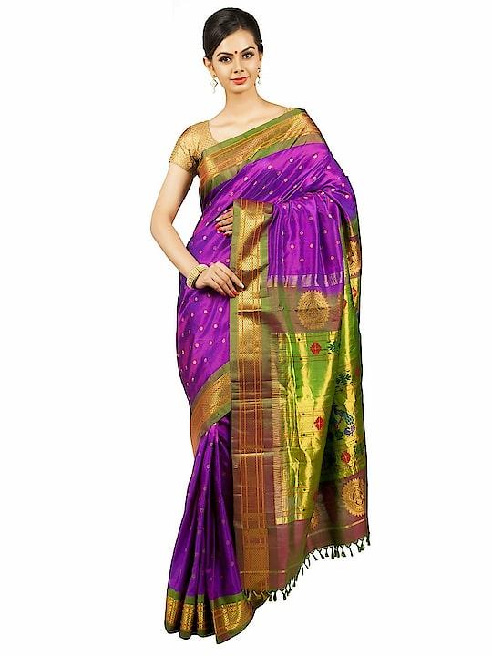 Violet paithani saree with green borders. #Indiansarees #100sareepact #Bridalcollection #Sareelovers #onlypaithani #Bridalsaree #Handloom #Indianwear #Indianclothing #Weddingcollection