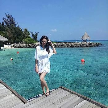#apnifavourite #posing #loveposing #style #maldives #maldivesislands #vacation  #vacationtime #vacationmode  #vacationlookbook #model #indianmodel #indianyoutuber #indianblogger #fashion #swag #stylebloggerindia