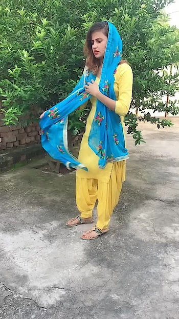 follow me @vijaykalia05 #dance #so-ro-po-so #dancelove #girls-enjoy #girlsdance #punjabi #punjabidance #punjabisongs #punjabisuit #haryanvi #songs #love-life #love #loveislife #vijay #cute #cutegirl #danceislife #dancelovers #dancegirl