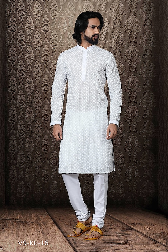 #Vivah Collection #White Kurta With #OffwhiteBottom #chikankurta #Indianlook #lookgoodfeelgood #betraditional #whiteloverforever #forRich & #RoyalLook to Know more details whatsapp on 919820936178