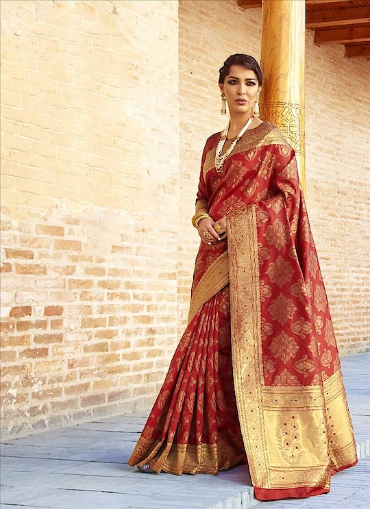 Saree exotica presents happy raksha bandhan sale offer buy our lates fashion designer sareees and get heavy discounted offers .    #like4like #like4follow #happyrakshabandhan  #newsale #sareexotica #newsale #shoponline #buynow