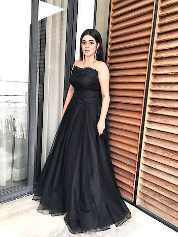 Shamna Kasim in black gown. #shamnakasim #poorna #malayalamactress #tamilactress #teluguactress #tollywood #indianactress #southindianactress #gown #weddinggown #black #blackdress #blackgown #strapless #straplessgown #offshoulder #offshoulderdress #offshouldergown #southindiangirl #indiangirl #indianmodel #indianactress #actress #fashion #style #styles #weddingfashion #blackfashion #fashionquotient