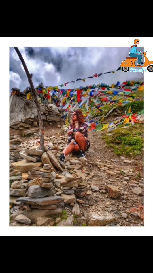 Camouflage 😃❤️✨ #day2 from Manali to Jipsa ✨ . .  #reneethereborn #popxoblogger #plixxoblogger  #blogger  #delhiblogger #bold #socialmediainfluencer #fashioninspo #summerfashion  #bright #ootd #wanderlust #travelblogger #camuflage #winterfashion #travel #travelstories #roposoblogger #roposostyle #roposolove #soroposo #roposofashion #faahionista #musafir