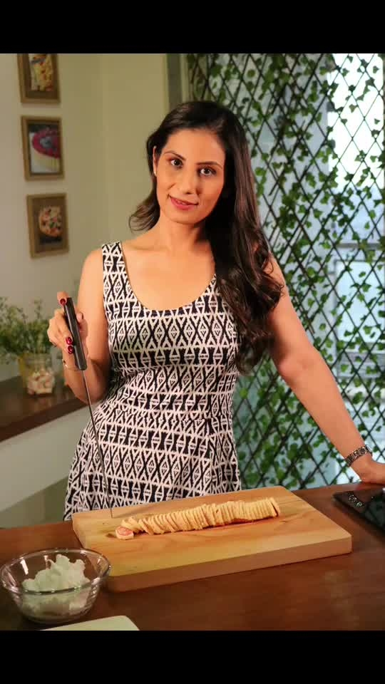 Had Swiss Cake several times when I was in Switzerland last week. But now time to have it in India.. Watch the Recipe video on my YouTube channel- https://youtu.be/zYMwplcDoGg 😀😀😀 Love M #ChefMeghna #SwissCake #NoButter #healthy #food #guiltfree