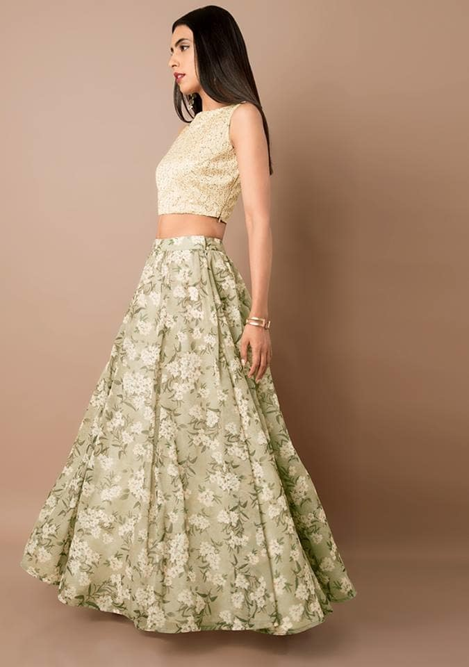 This beautifully tailored 🔍Floral Georgette Maxi Skirt dipped in fresh mint hue is designed specially for your evening soirées and gives a relaxed autumn vibe. Get it at FLAT 40% OFF here - https://goo.gl/HTtHWa  #ropo-good #ropo-style #indowesternlook #ethnicwearonline #kurtisforwomen #indya #super #rakshabandhan  #rakshabandhangift #rakhispecial