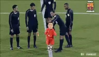 #messi  #skills #footballer #football #footballfever #fcbarcelona #goalkeepertraining #realmadrid #argentina #spain #laliga #championsleague #epl #training #fbb #indiansuperleague #copaamerica #superfun #ronaldo7 #ronaldo #champion #elclasico #portugal #indian #@avenger marvel #infinity #funnyface #funny_videos #funnydance #roposofunny