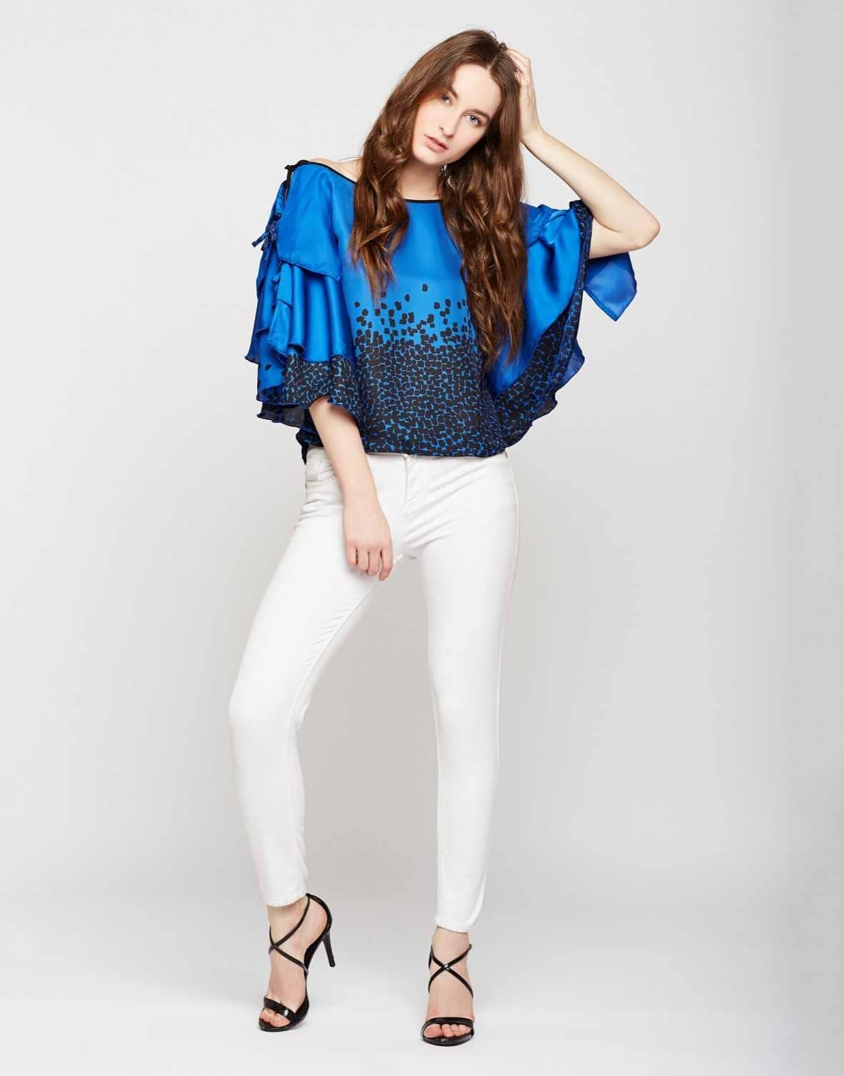 Madame - Blue Printed Top  Link: https://bit.ly/2MzYCFj  #Madame #Roposo #madamecollection #girlstop #be-fashionable  #Roposodiaries #madamediaries #madamecollection