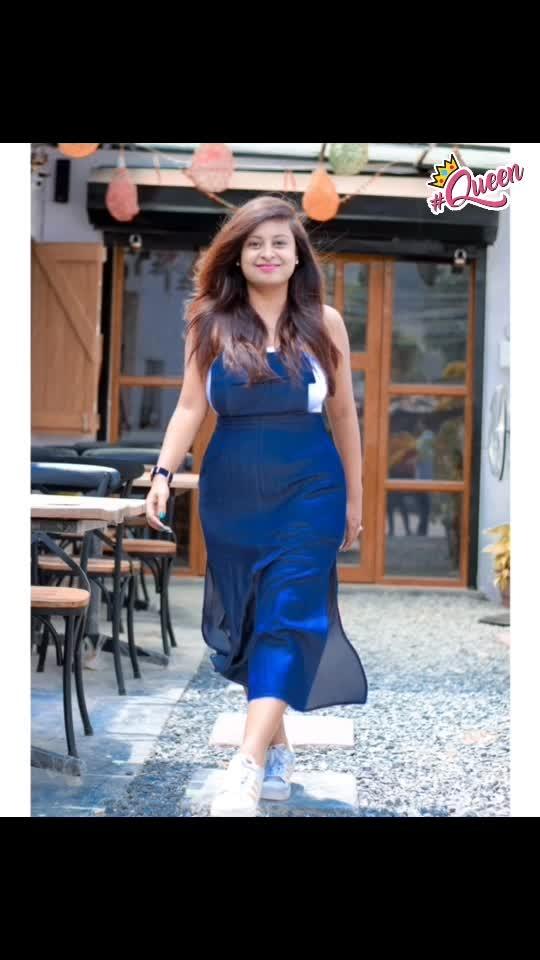 Carry a smile along wherever you go 😊💙 good morning instafam ✨ . PC 📷 @juztklick . . #reneethereborn #popxoblogger #plixxoblogger #adidassuperstar  #delhiblogger #bold #denim #blue #chambray #socialmediainfluencer #dungarees #blogger #fashionblogger #lifestyleblogger #fashioninspo #shadesofblue #roposoblogger #roposogal #roposostyle #soroposo #roposolove #fashionsita #queen