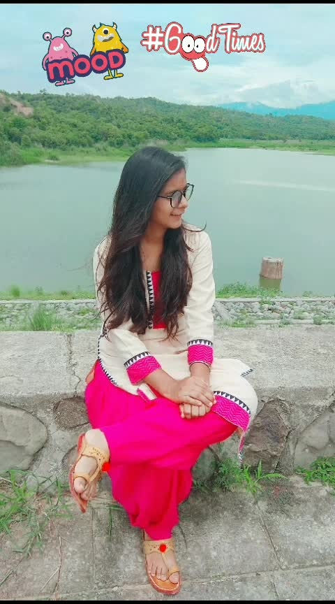 #travel-diaries #travelholic #travelling #lovefortravelling #hillstation #hills #weather #natural-look #nature #naturephotography #natural-hair #natural-look 😍😍😍😍😍