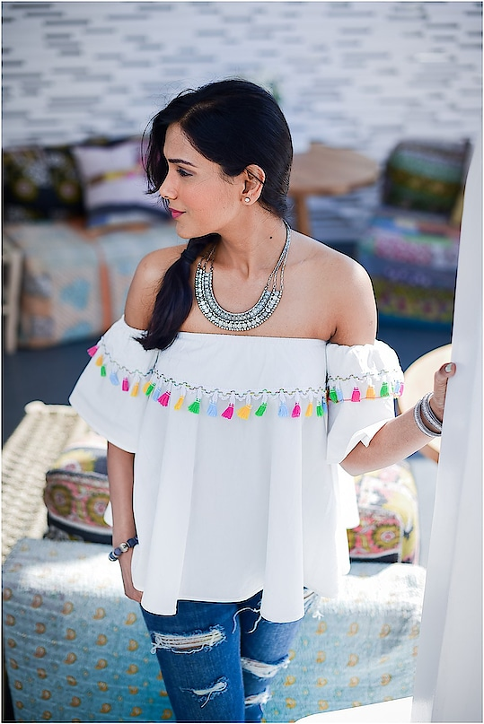 Off shoulder top trend  #offshoulder #offshouldertop #whiteoffshouldertop #whitetop #tassel #pompom #colourfultassel #whiteoffshoulder #offshouldertrend #summer #bohonecklace #bohochic #silver #silvernecklace #statementnecklace #lacychoker #ropo-style #ropo-fashion #roposo-style #roposofashionblogger #delhifashionblogger #indianfashionbloggger #fashionblogger #ukfashionblogger #styleadvice #ootd
