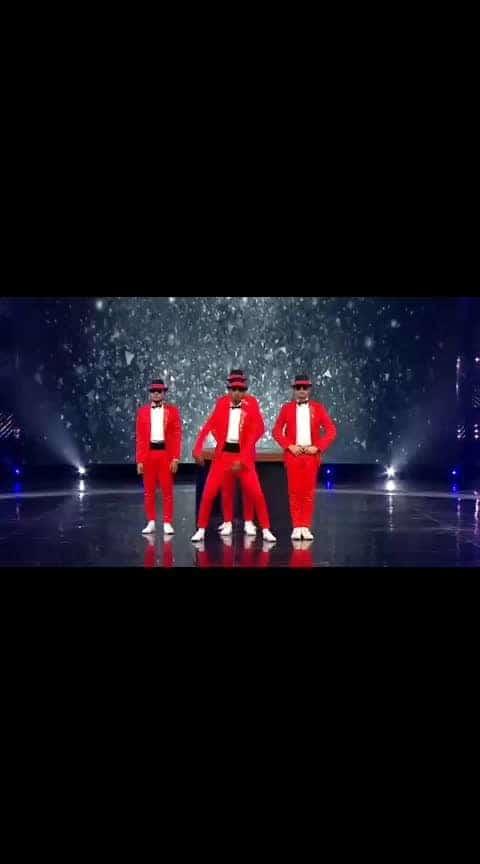 #amazing dance..#muqabala muqabala