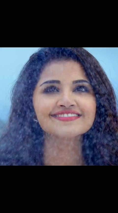 Anupama Parameswaran in #AndhamainaChandhamaama Song From Tej I Love You Movie. Starring: #saidharamtej , #anupamaparameswaran  Music: Gopi Sunder  Lyrics : #Sahithi  Singers : #Haricharan , #chinmayisripaada Directed By A.Karunakaran #southindianactress #teluguactress #tollywood #tollywoodactress #tollywoodsongs #telugusong #lovesong #lovesongvideo #beautifulgirl #beautifulindiangirl #indiansong #chinmayi #gopisundar #tejiloveyou