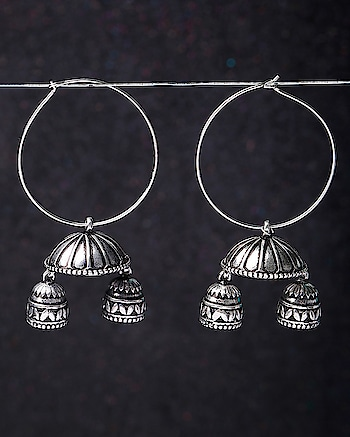 These dome shaped Hoop Earrings in antique finish are from the Leela Collection. A perfect pair for your traditional outfits, grab them to add a subtle edge to your look. Embrace your inner Leela! This piece of jewelry comes with the Voylla assurance of quality and durability. https://www.voylla.com/products/leela-oxidized-dome-hoop-earrings For more: https://www.voylla.com #oxidized #oxidizedjewelry #oxidizedsilver #earrrings #earringsoftheday #earringlove  #silver #silverjewellery #newcollection2018 #newearrings #voylla #voyllacelebration #jhumkas #jhumkalove