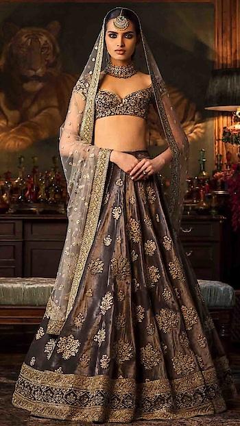Glamerous Brown Mulberry Silk Lehenga Choli. Visit Here:- https://www.nallucollection.com/lehenga-cholis/glamerous-brown-mulberry-silk-lehenga-choli.html * * * * #lehenga #lehengas #weddingwear #bridalwear #partywear #partywearlehenga #indianwedding #desiwedding #bride #desibride #indianbride #garba #navratri #designer #onlineshopping #wedding #ethnic #beautiful #blue #blouse #elegant #US #usa #internationalshipping #worldwideShipping