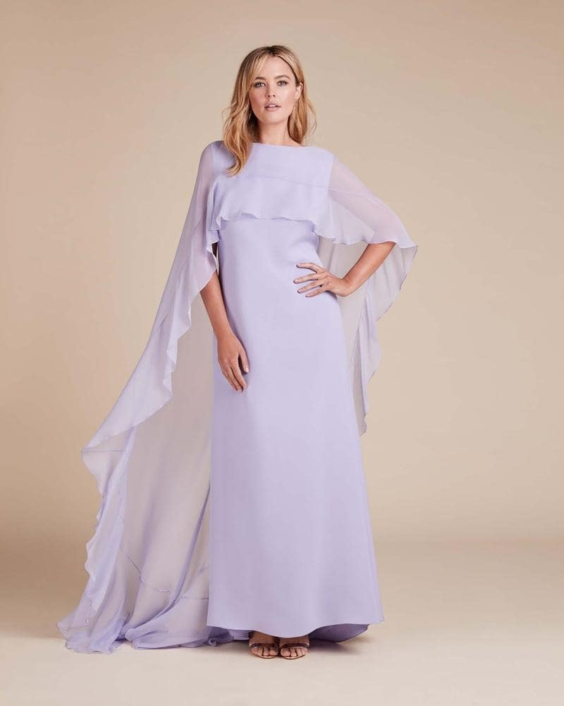 Everyone's Favourite Gown ;)) Buy @ comment link >>>  #fashionguide #fashionandlifestyle #famous_fashion_designers  #fashionistatour