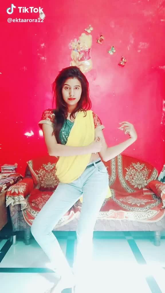 Let's Dance #daddy #swagger #bugs #roposoinfluencer #infy #kukatpallycentrl #kikkoman #like #saurashtrianbridalmakeup #payalrajput #rajtex #tezoopsphotography #googles #pixelpanda_india #foodiegram #shippingextra #extravaganza