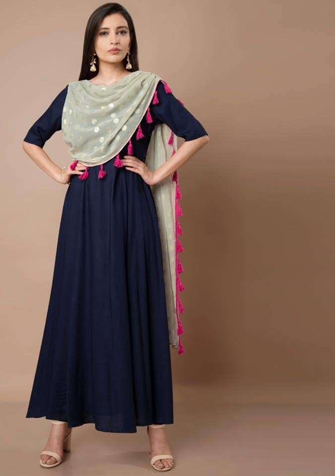 We so can't get over with this gorgeous combination of grey and navy! Get this Navy Maxi Tunic with Attached Grey Tassel Dupatta at Flat 20% OFF here: https://goo.gl/H2KKxe  #fashion #lookbook #womenwear #ethnic #bestdeals #buy #outfit #fashionupdate #ootd #wiw #bestdresses #bespoke #bridesmaids #bride #wedding #sangeet #asianbride #indianwedding #marraige