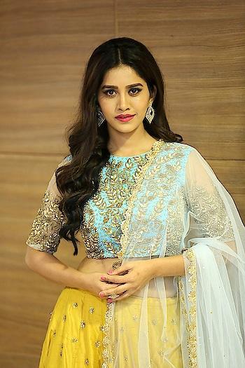 Nabha Natesh at Nannu Dochukunduvate movie Pre-Release https://www.southindianactress.co.in/kannada-actress/nabha-natesh/nabha-natesh-nannu-dochukunduvate-pre-release/  #nabhanatesh #southindianactress #teluguactress #tollywood #kannadaactress #lehengacholi #lehenga #fashion #indianchic #indianfashion #indianstyle #wardrobe #indian #indiandress #ethniclove #ethniclook #fashionquotient #rangoli #rangolichannel