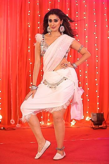 Raai Laxmi hot stills at Where is the Venkata Lakshmi movie Song Coverage https://www.southindianactress.co.in/kannada-actress/lakshmi-rai/raai-laxmi-where-is-the-venkata-lakshmi-song/  #raailaxmi #lakshmirai #southindianactress #kannadaactress #tollywood #actressnavel #saree #actressinsaree #hotsaree #hotnavel #navel #hotactress #hotgirl #hotmodel #southindiangirl #fashion #style #rangoli #indianfashion #indianstyle #whitesaree #whitedress