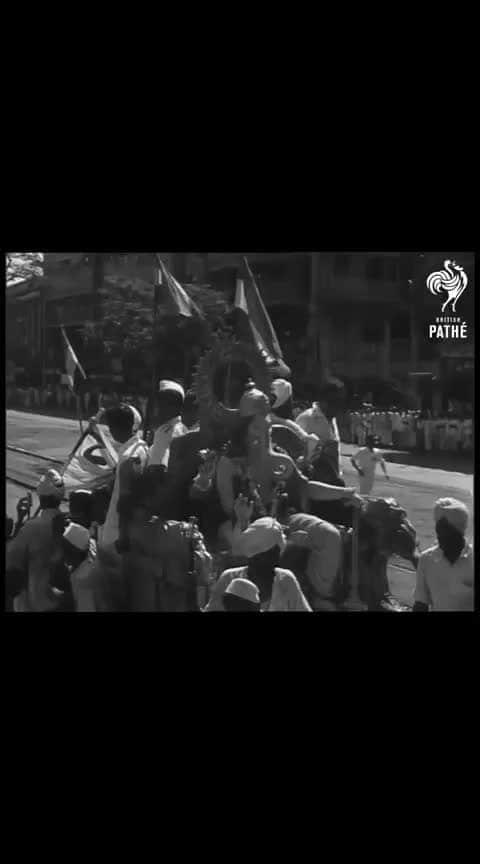 ganpati visarjan very rare and old british period video,  #ganpati  #ganpatibappamorya  #ganpativisrjan #oldmemories  #britishperiod #periodvideo  if you like share it thanx