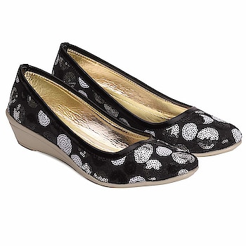 Tryfeet Black Wedge Bellies for Girls and Womens  Here are some amazing bellies of low price fromthe house of Tryfeet   #bellies #girlsbellies #bellieshoes    https://www.amazon.in/dp/B07H93H9JG