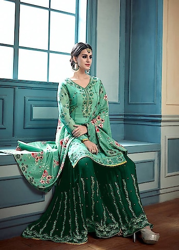 #Manndola's Latest collection flaunts a fresh Colour palette ! Grab this Stunning Party Wear #green Party Wear Suit that can be Carried with a #Sharara @ https://goo.gl/s4Kq9z #indianwear #vibranthues #SalwarSuit #SalwarSuitOnline #BuyOnline #sneakpeek #jinaam #Surat #Mumbai #India #Unitedstates #USA #Canada #Australia #Dubai #UAE #Mauritius #London #Uk #shopnow