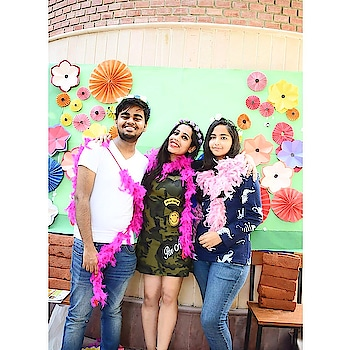 The wierdo look💕 #party #partying #partymakeuplook #partyinstyle #afterparty  #fun #funonfun #fununlimited #props #photobooth #photoootd #roposo #roposo-style #roposo-fashiondiaries #roposo-good #roposoers #soroposo #soroposolife #soroposostylefiles #soroposoblog #blogger #bloggergirl #fashion-blogger @roposocontests @roposotalks