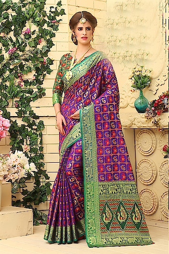 Beautiful Indian Patola Jacquard Silk Saree...💞💞 Price:- 2299/- To Order Whatsapp us (+91) 8097909000 Patym Payment Accepted  * * * * #saree #sarees #saris #handloom #weaving#weddingwear #heavyredsarees#heavybridalwear #embroidered#embroideredwork #floral #floralembroidered#floralsarees #love #designersarees#sareelove #sareeblouse #sareeswag #swag#sari #sarinotsorry #sareeindia #indiansaree#outfitoftheday #ootd #sareeoftheday#sareeaddiction