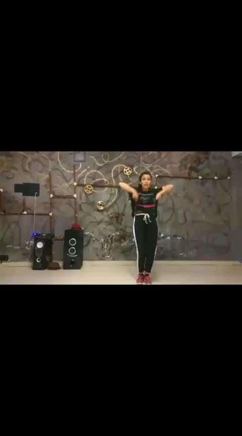 ZARA TASVEER SE TU ❤️ @shivani_negi_9730 . . . #zaratasveersetu #pardes #movie #song #srk #srkmovie #sharukhkhan #kingkhan #dancer #dancevideos #DancePlus4 #arjun__artist007 #indiandancefaculty