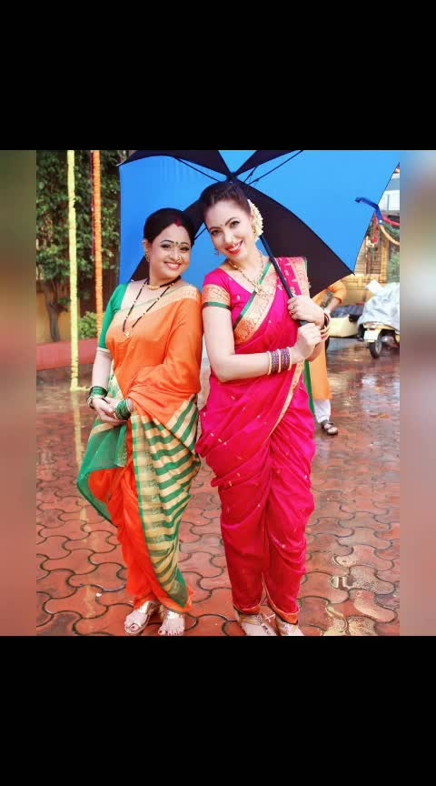 Now THIS picture is also apt for #worldsmileday , isn't it ?? 😁 .- With my beautiful coactress Sonalika Joshi from the recent episodes.... and how colourful are we ! 😍 . .Great day and week to everyone 😊 . #bts #behindthescenes #worldsmileday #coloursofindia #festivalsofindia #festivevibes #beautyisallaround #TMKOC #workingstills #pictureoftheday #picturesoftheday #actorslife #weekendvibes #beautifulwomen #beautifulpeople #diversity #culture