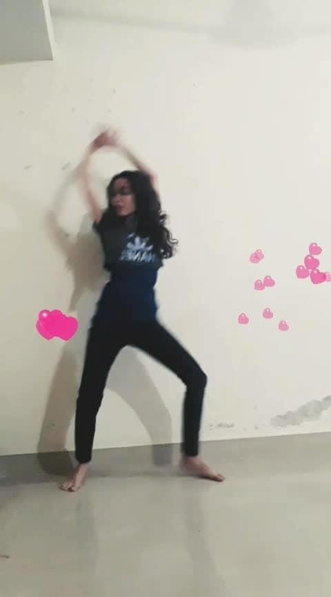Kamil #beatstv #beatschannel #roposo-beats #roposo-dance #dance #roposodancer #roposobabe #trendingdance #trendingonroposo #trendingtv #trendingchannel #roposostar #roposomood #moodoftheday #filmistaanchannel #roposotouchmagic #roposofilter #roposolove @roposocontests @roposotalks