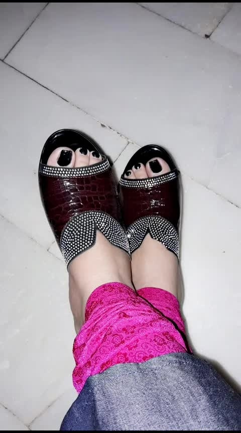 sandallove#newsandal#wedges#wedgeslove#ropso#yourfeeds#roposolove#fashion#fashionblogger#