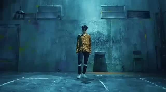 #kpop #fakelove #bts✨ #musicvideo #beats #dance #edm #love #lovesongs #asian #korean #happieness