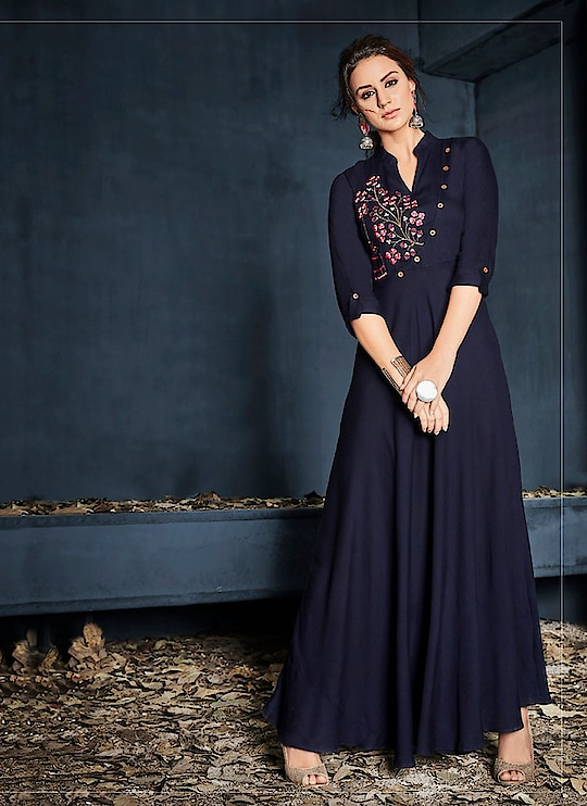 Fabric :- Rayon Work :- Print  Buy Now :- https://tinyurl.com/y7cysrlj  Whats App :- +91 7621863000  #kurti #partywear #casualwear #indianwear #designerwear