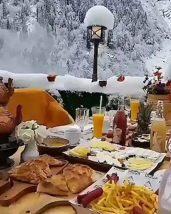 be ready to witness snowfall in Kashmir  #gulmarg  #kashmir  #kashmiri  #paradise_kashmir