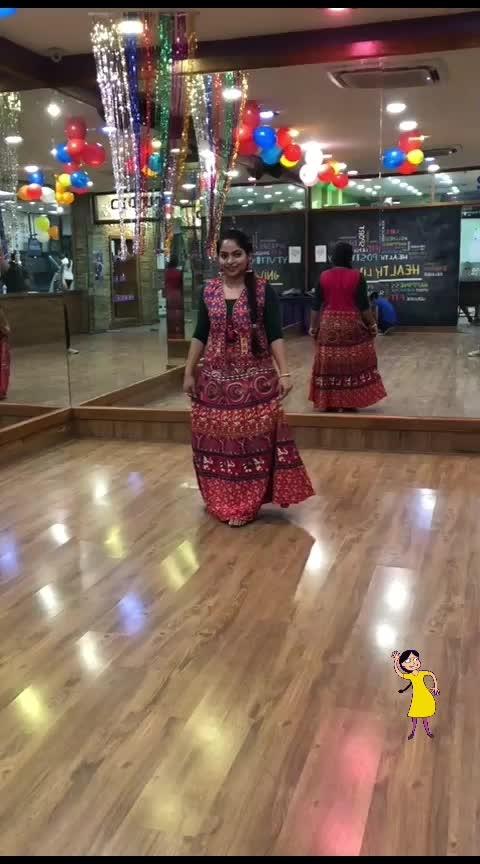 It's time to do Garba! . #beats #garba #garbanight #gujaratisong #gujaratimusic #roposostars #roposotalks #traveldiaries #musafir #fashionquotient   #rangoli #filmistaan  #ootn #topnotch #roposostars  #trendinglive  #fashiondiaries #roposotalks #ropsocontests  #ootd #fashionblogger #captured  #roposo-photoshoot #photography #delhibloggergirl  #twinklewithmystyle #wow #beats