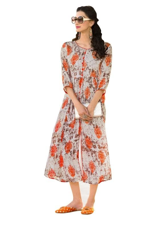 Unlock The Secret Of Ultimate Comfort Wearing This Grey And Orange Coloured Printed Kurti. Made From Heavy Rayon, This Kurta Is Light In Weight And Perfect For Daily Wear. This Attractive Kurta Will Surely Fetch You Compliments For Your Rich Sense Of Style.  ✔ #Grey #And #Orange #Colored #Heavy #Rayon #Printed #Kurti ✔ Shop https://bit.ly/2pRgmOI ✔ Price: Rs. 1399/- ✔ Product Code: 1363-26884 ✔ Call or Whatsapp: 9582775828