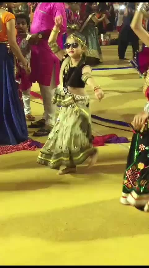 Little girl with swag! #garba #swag #roposocelebrations #festival #roposo-dance