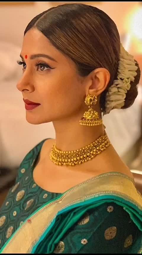 #ethniclook #ethnic-wear #woman-fashion #be-fashionable #be-in-trend #trendingpost #goodmorningpost #rangolichannel #fashionquotient #lookgoodfeelgood #shareforshare #likeforlike #likeforfollowback #classic-beauty