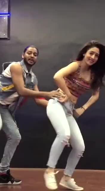 #followmeformoreupdates #punjabi-gabru   #punjabihits #dialogue #roposo-good-comedy #roposo-funny #good----morning     #good-looking #comment #like #share     #roposodancer #awesomedance     #trendeing #featuredvideo #bhojpuri_hot_dance  #bhojpuri_hit