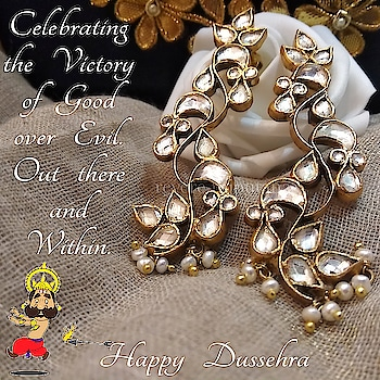 best wishes..with our new Kundan and Pearl earrings DM or email at care@revere.co.in  #revere #ropo-beauty #kundanjewellery #dussehra #diwali #weddingjewellery #jewellerydesigner #wedding #photography #jewellery #style #beauty #roposo-fashiondiaries ‪#diwaliparty #indianwear #earringsoftheday #kundanandpearl #fashionblogger #polkijewellery #celebrityfashion #celebritystyle #polki #earrrings #befashionable