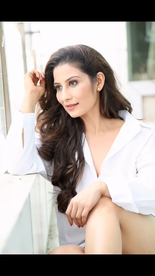 Work hard at Relaxing 😎💋💋 Love M #ChefMeghna #MeghnaSays #simpletips #meghnasmagictips #relax #friyay #important #message #besttip #happy #happiness #behappy #behappy😊 #behappy❤️ #howtorelax #relax #workhard #workhardplayhard #dowhatyoulove #feelinggood