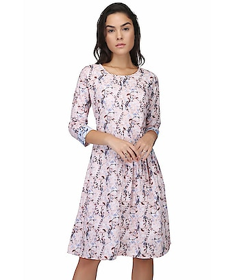 VICVIM Cotton Beige Fit And Flare Dress COTTON PRINTED TOP/DRESS KURTI:This is designed as per the latest trends to keep you in sync with high fashion and with wedding and other occasion, it will keep you comfortable all day long. The lovely design forms a substantial feature of this wear.It looks stunning every time you match it with accessories  To buy click on this link-  https://www.snapdeal.com/…/vicvim-cotton-beige…/626514053695  #flaredress #dress #flaredressforgirls