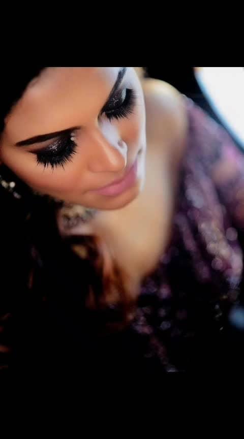 #fashionoftheday #style #stylegram #delhifashionblogger #fashionblogger #brand #photography #photooftheday #basic #lovemyjob #instalove #look #lashes #makeup #mua #highlighter #contouring #makeuptutorial #trending #trend #fashionpost #styleguide #stylegram #lifestyleblogger #fashiondaily #bloggers #aashimalamba #thebasicrebel