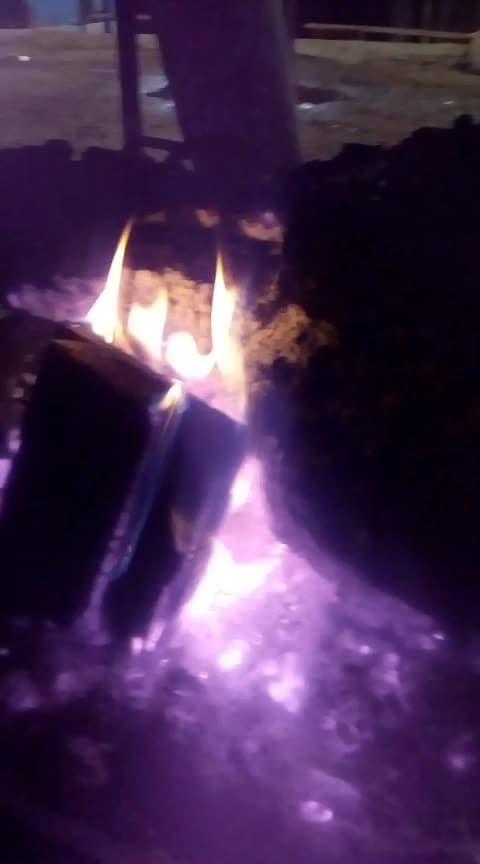#mrngvibes #fire #mountain-hiking #gdmorning #himaniparashar #ek_or kadam_fir _se_in_hassin_vadio_me.