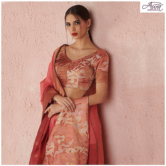 Your fabulous styling sense will be applauded in this coral pink drape fancied with floral motifs.  Shop for Rs 4999 & get Rs 500 off  Buy now >> http://bit.ly/2yDqDmD  #saree #cotton #cottonsaree #indianwear #indian-festival #festivalfashion #drapes #sareedrape
